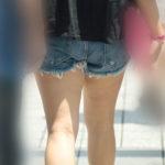 【街撮り】オフショルにホットパンツが当たり前の夏が恋しい