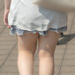 これぞマシュマロ脚!間違いなくモッチモチに柔らかい太もものお嬢さん