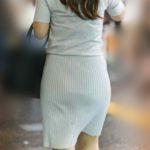 これぞデカ尻!圧巻のボリュームヒップをタイトなスカートに包んだOLさん!