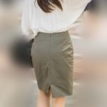 エロエロのヒップライン!色気がにじみ出てるOLさんのタイトスカート!