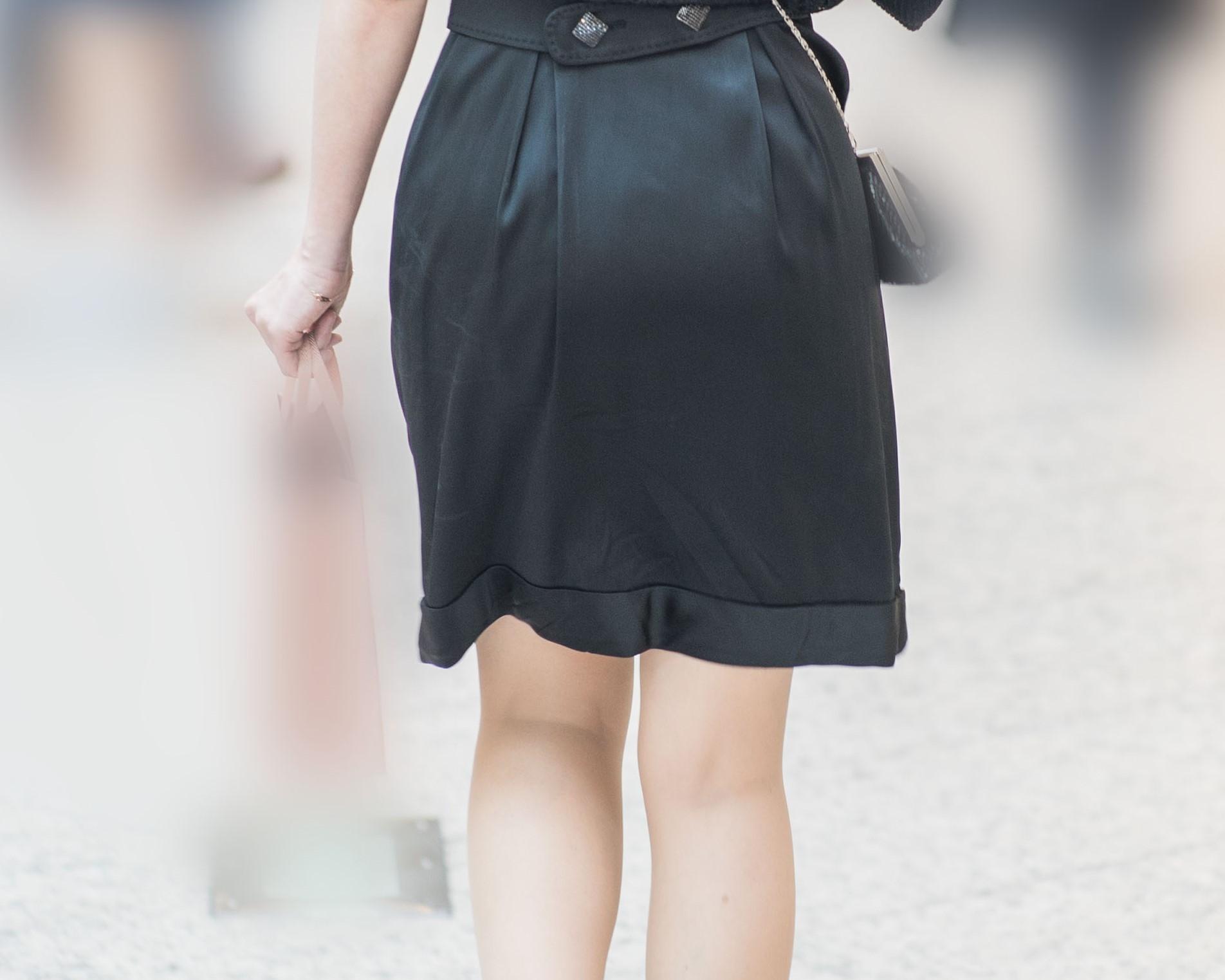【街撮り】黒ワンピの清楚なパーティドレスが妙に色っぽいお嬢さん