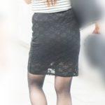 エロス全開!マダムのピチピチなタイトスカートにパンティーライン!
