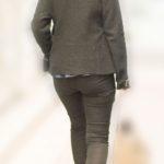 細身なのにプリケツのOLさんがタイトなパンツスタイルでとても色っぽい!