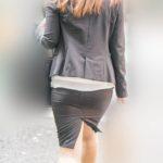 薄っすらパンティライン!OLさんのタイトスカートがピタピタのプリプリでエロ過ぎ!
